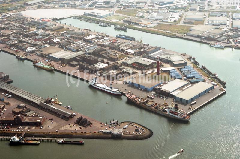 IJmuiden overzicht havens Zeehaven 1991 lfh 91082763