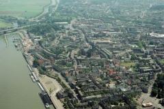 Nijmegen Waalkade en omgeving 2000 lfh 000609035-074