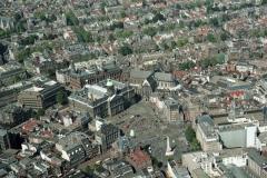Amsterdam de Dam Monument Paleis Nw kerk 2000 lfh 000823049-149