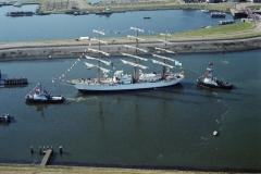 Sail Amsterdam 2000 Tallship bij noordersluis