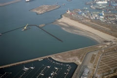 IJmuiden start aanleg 3e haven IJmondhaven lfh 010306042-024