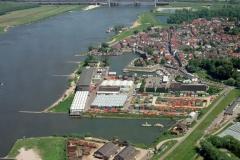Zaltbommel Industrie terrein haven Waal Gamersedijk 2001 lfh 010523007-140