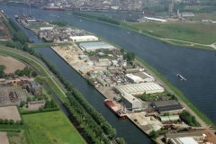 Sas van Gent Industrie terrein 2001 lfh 010523042-142