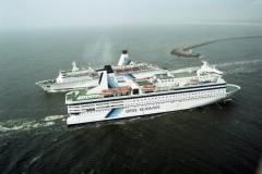 IJmuiden DFDS Seaways redevouz Queen and Prince of Skandinavia 2001 lfh  010601290-200