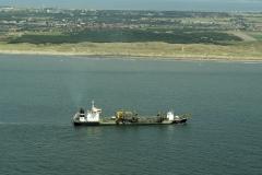 Denhelder Huisduinen TSHD Rotterdam zandsuppletie 2001 lfh 010716013-152