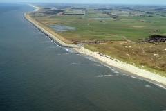 Camperduin Hondsbosche zeewering richting Petten 2001 lfh 010716039-154