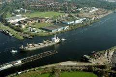 Velsen Noordzeekanaal CVG Velsen-Noord ms HugoOldendorf Velserpont 2001 lfh 011005010-174