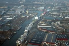 Beverwijk haven de Pijp Aardappel en hout schepen 2002 lfh 020110027-002