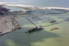 IJmuiden 3ehaven IJmondhaven bouw TSHD Geopotus 9 2002 lfh 020323003-012