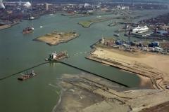 IJmuiden 3ehaven IJmondhaven bouw TSHD Geopotus 9 2002 lfh 020323003-013