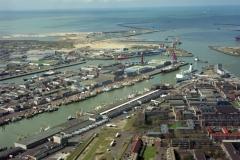 IJmuiden Zeehaven afslag met van Maanen transport auto's opgesteld 2002 lfh 020323025-014