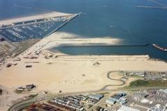 IJmuidenZeehaven bouw 3e haven IJmond haven 2002 lfh 020404045-022