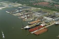 Amsterdam Havens Shipdock Smit pioneer Giant 4 2002 lfh 020516038-038