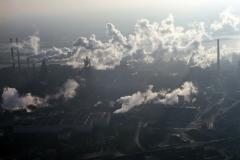 IJmuiden Wolken over de staal fabriek Steel Clouds Tatasteel 2002 lfh 021209046-098