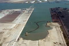 Rotterdam Europort Amazonehaven aanleg baggeren 1996 lfh 96050976-015