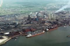 IJmuiden Hoogovens  havens overzicht Buka 2 1988 lfh88060340