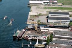 Zaandam zijkanaal g scheepswerf vooruit 1989 lfh 89051017b