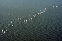 Medemblik zeilwedstrijd IJsselmeer 1990 lfh 90052327