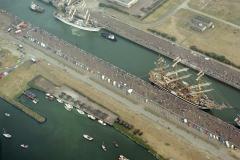 IJmuiden Sail 1990 sluizen Americo Vespucci Krutzenstern 1990 lfh 90080935