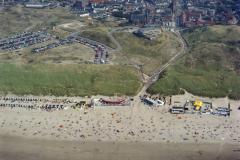 Wijk aan Zee, Strand, opgang Zwaanstraat 1990 lfh 90082620