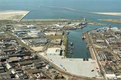 Ijmuiden,Havens, Haringhaven,overzicht naar zee,Insteek haven 1990 lfh 90090408