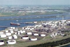 Rotterdam ,Europoort,7e petroleumhaven,olieoverslag,havens, industrie,overslag, transport,scheepvaart,1990 lfh 90091144