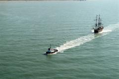 Noordzee,Scheveningen,sleepboot Zeeland,sleept, de Batavia,transport,scheepvaart,1990 lfh 90091148