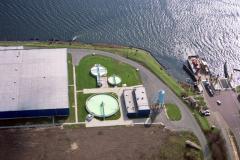 Velsen-noord Crown van Gelder waterzuivering instalatie pont veer Noordzeekanaal 1991 lfh 91032206