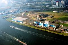 Velsen-noord Crown van Gelder Industrie terrein havens kade Pen centrale achtergrond Noordzeekanaal 1991 lfh 91032213