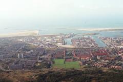 IJmuiden Velsen overzicht Zeewijk havens richting zee 1991 lfh 91101513