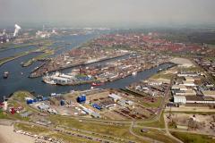 IJmuiden Havens Vissershaven Haringhaven Industrieterrein Zeewijk 1992 lfh 92050454
