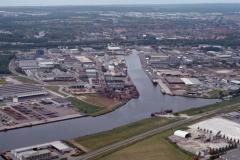 Beverwijk Haven de Pijp met offshore schepen 1993