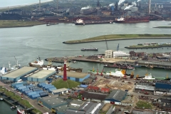 IJmuiden Felison Terminal IJmuiden bouw Vuurtoren Vissers schepen vissershaven 1993
