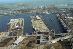 Amsterdam Oostelijkhaven gebied Panamakade Zeeburgereiland Piet Hein tunnel bouw lfh 97030352-011