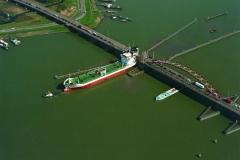 Amsterdam Schellingwouder brug passage Rath Boyne 1997 lfh 97041726-016