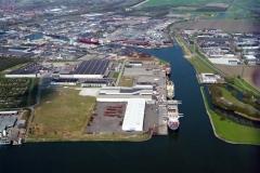 Velsen-Noord Beverwijk Velserterminal zijkanaal A ind Wijkermeer Haven beverwijk 1997 lfh 97041744-017
