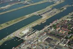 IJmuiden Sluizen complex kleine -midden sluis renovatie 1997 lfh 97081941-084