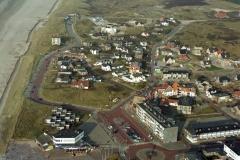 Bergen aan Zee Centrum Gaslokatie Amoco in achtergrond 1997 lfh 971118139-173