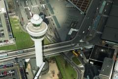 Schiphol Verkeers toren 1998 lfh 98031953-010