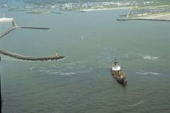 IJmuiden havenmond Noorderpier W.D.Metway Boskalis Baggerend 1998 lfh 98062642-045