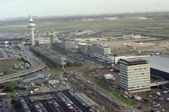 Schiphol centre Verkeerstoren stations gebouw Freight centre 1998 lfh 98111105-087